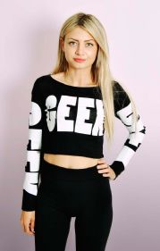GEEK Cropped Top